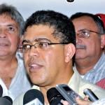 El vicepresidente y ministro de Agricultura y Tierras, Elías Jaua, en compañía de los gobernadores de Barinas, Portuguesa y Apure, instaló ayer en Ospino el Comando Estratégico Regional del Órgano Superior de la Agricultura (OSA) de la Misión AgroVenezuela/ FOTO: Juan Carlos Valero